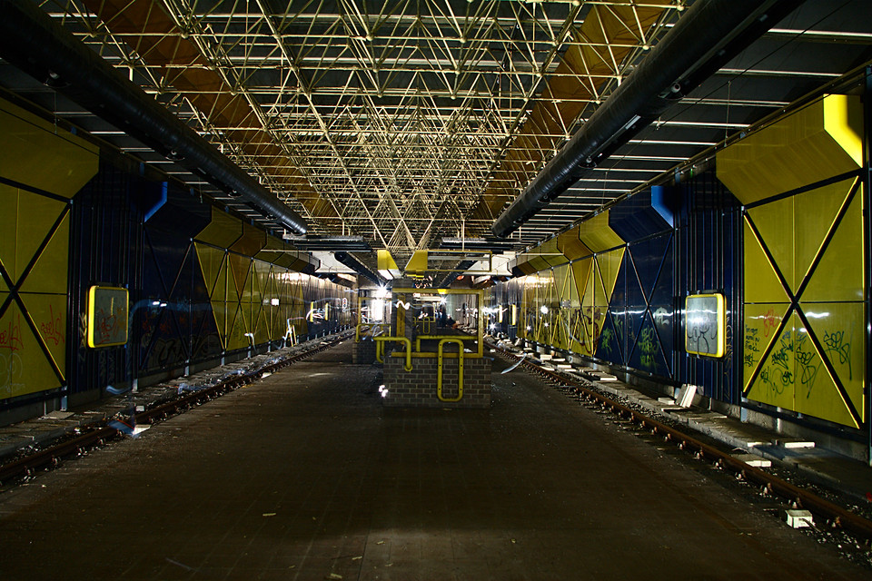Blue and Yellow Station